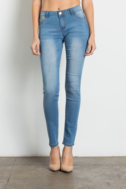 Push Up Light Blue Jeans - orangeshine.com