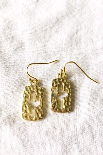 Hammered look cactus earrings - orangeshine.com