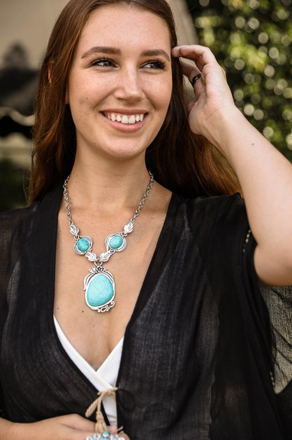 Serenity Turquoise Necklace - orangeshine.com