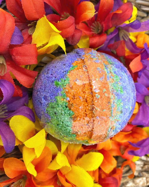 Halloween Bath Bombs - orangeshine.com