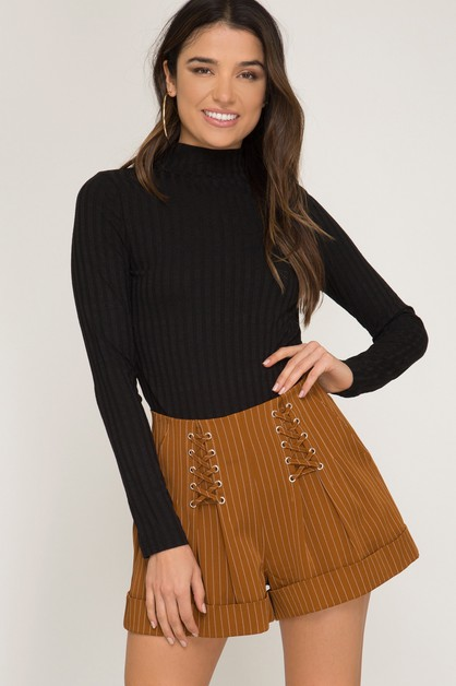STRIPED CUFFED SHORTS WITH LACE UP - orangeshine.com