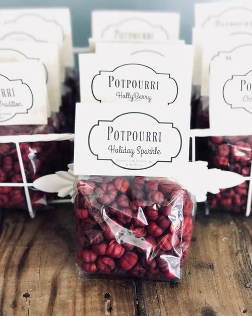 Christmas Scented Red Potpourri - orangeshine.com