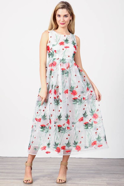 Floral Embroidered Round Neck Dress - orangeshine.com