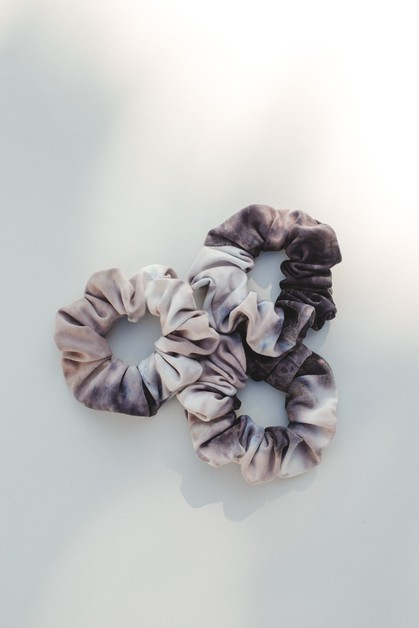 Winter Tie-dye Scrunchie - orangeshine.com
