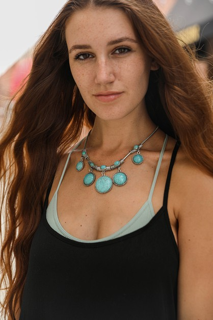 Turquoise Charm Link Necklace - orangeshine.com