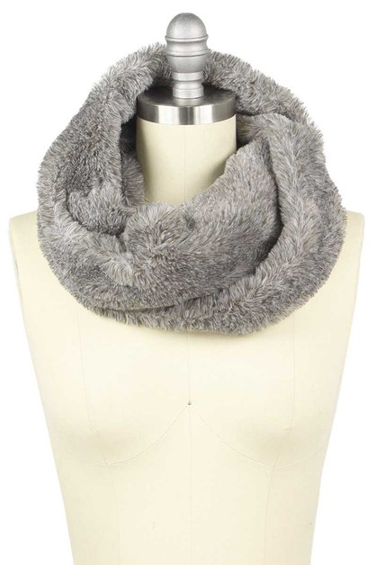SUPER SOFT FUR INFINITY SCARF - orangeshine.com