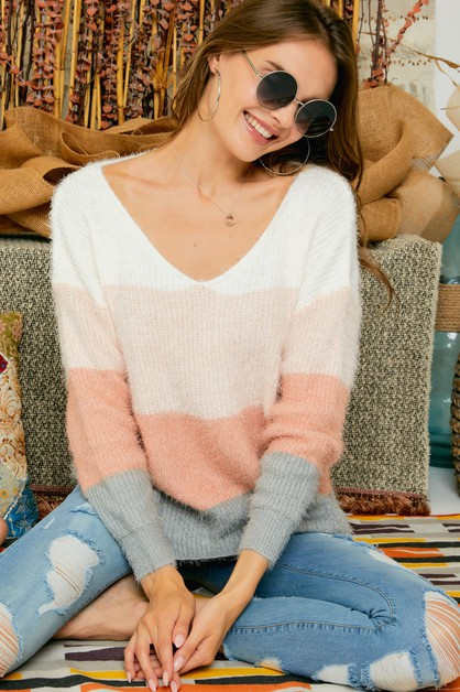 COLOR BLOCK FUZZY KNIT SWEATER - orangeshine.com
