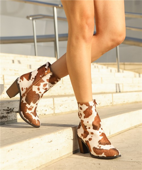 Women`s short heel booties - orangeshine.com