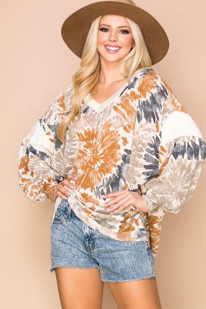 Casual V-Neck Color Wash Tie-Dye Top - orangeshine.com
