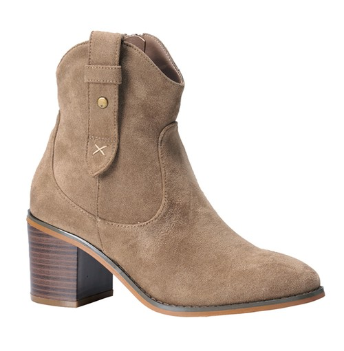 Women Pointed Toe Stacked Heel Booties - orangeshine.com