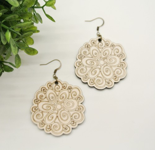 Floral Engraved Earrings - orangeshine.com