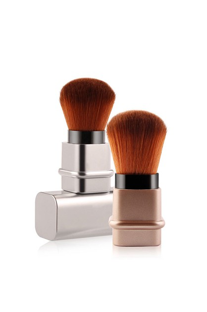 Retractable Kabuki Makeup Brush - orangeshine.com
