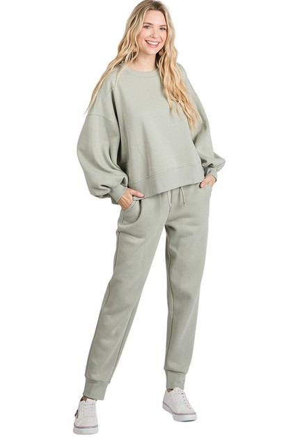 Cropped Sweatshirt Pants Set - orangeshine.com