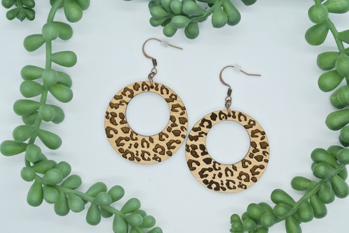 Round Cut Out Leopard Wood Earrings - orangeshine.com
