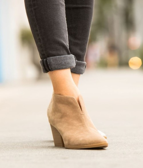 Block Heel Slip On Chelsea Boots - orangeshine.com