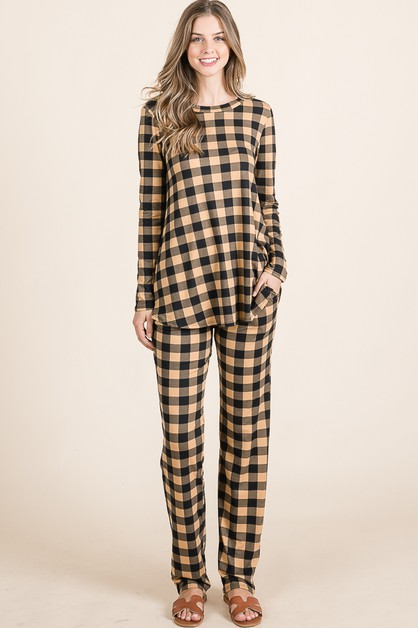 SET OF CHECK PRINT TOPS AND PANTS - orangeshine.com