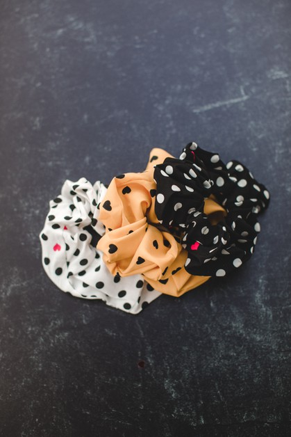 Heart Scrunchie - orangeshine.com
