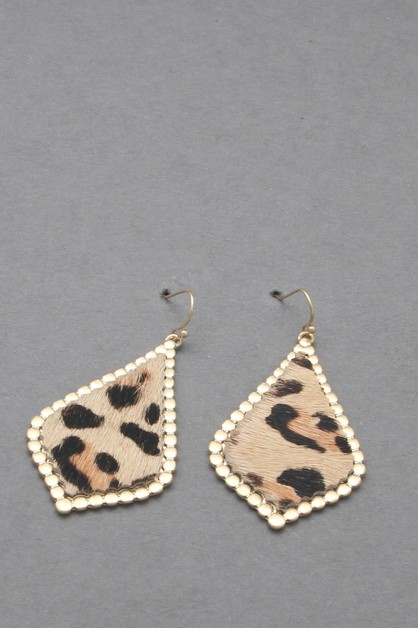 ANIMAL PRINTED  LEATHER EARRING - orangeshine.com
