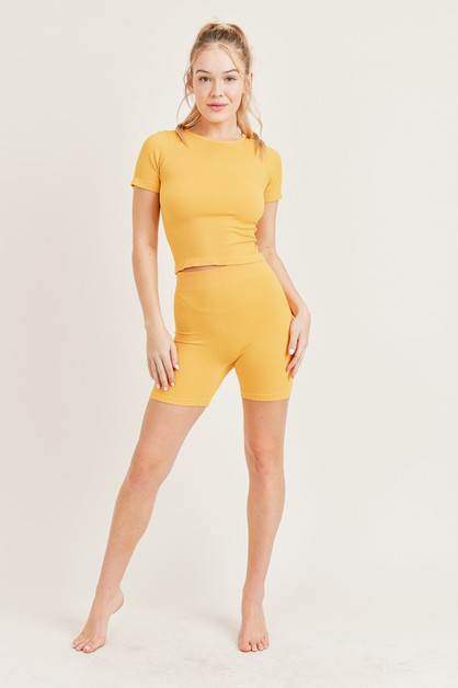 Seamless Ribbed T-Shirt Set - orangeshine.com