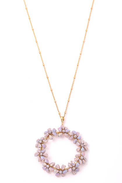 Circle Glass Flower Pendant Necklace - orangeshine.com