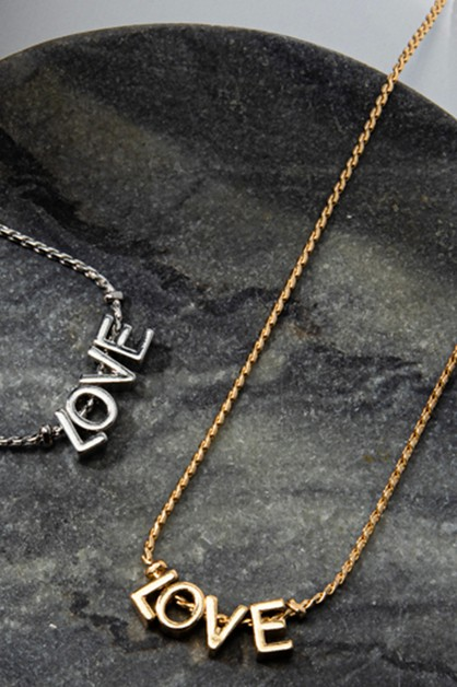 LOVE Metal Letter Pendant Necklace - orangeshine.com