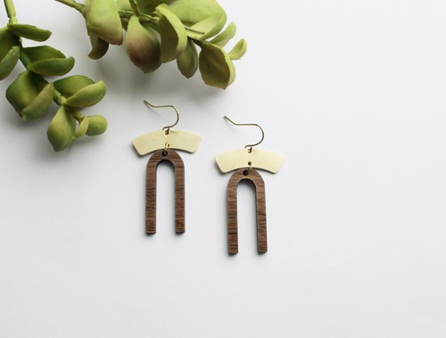 Small Arched Wood and Brass Earrings - orangeshine.com