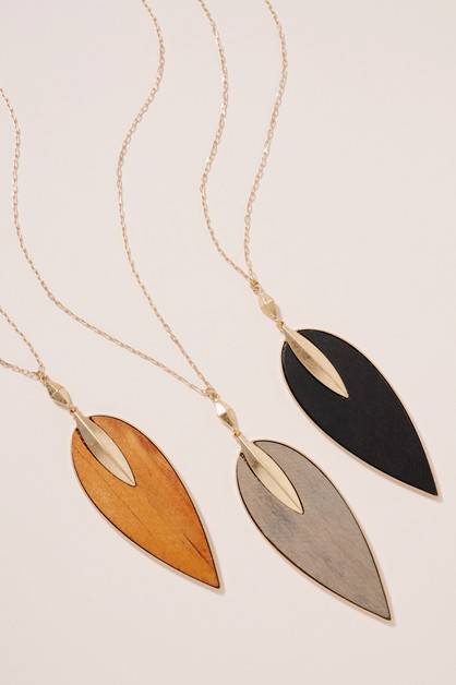 Wooden Leaf Pendant Long Necklace - orangeshine.com
