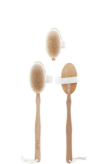 WOODEN BATH BRUSH - orangeshine.com