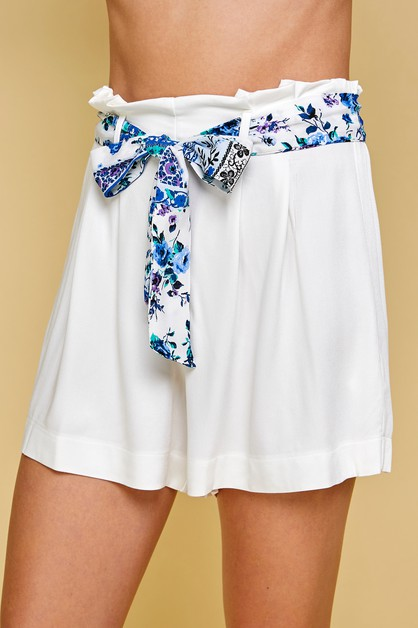 HIGH WAISTED SHORTS WITH FLORAL TIE - orangeshine.com