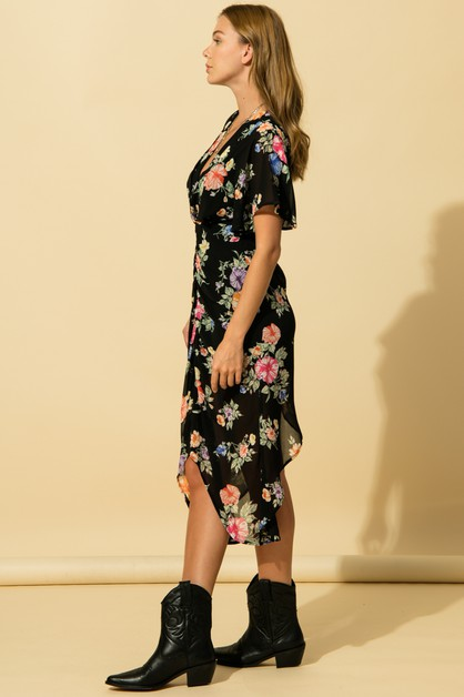 FLORAL DRESS WITH OPEN BACK DETAIL - orangeshine.com