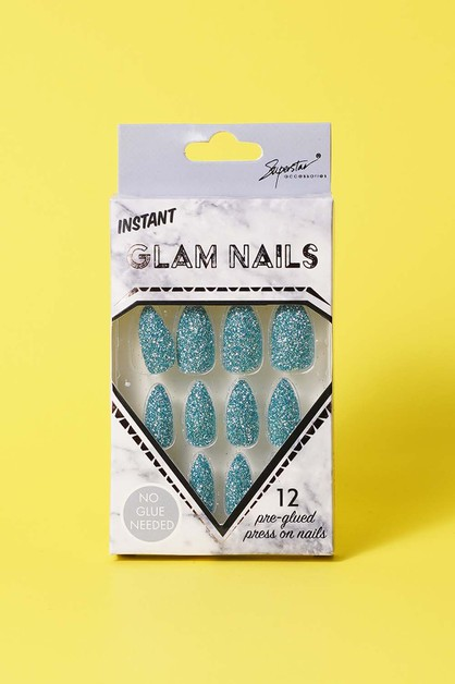 Glam Nails - orangeshine.com