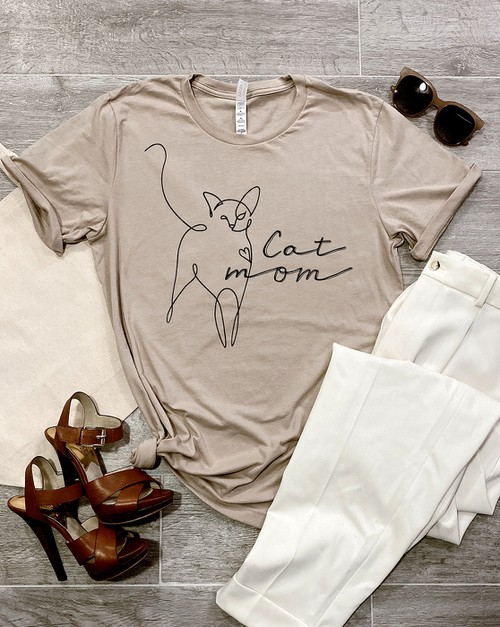 Cat Mom - orangeshine.com
